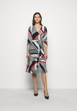 PRINTED MATTE DRESS - Day dress - cream/red