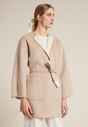 Krátký kabát - beige/panna