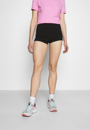 FLIRTY BIKE - Shorts - black