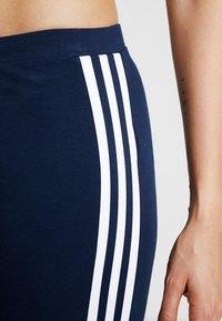 adidas Originals - ADICOLOR TREFOIL TIGHT - Leggings - collegiate navy - 5