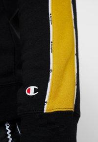 Champion - HOODED  - Bluza z kapturem - black - 6