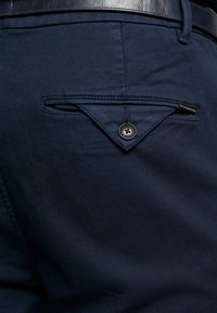 Scotch & Soda - STUART - Chinot - navy - 4