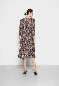 Cream - MAYSE DRESS - Shirt dress - nirvana - 2
