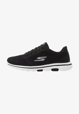 GO WALK 5 LUCKY - Chaussures de course - black/white