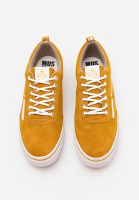 Mustang - Trainers - yellow - 3