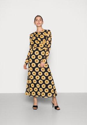 BELLA DRESS - Długa sukienka - black/saffron