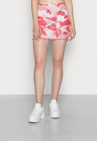 Jaded London - DOUBLE LAYER RUCHED SIDE SKIRT CHERRY DOT - Minigonna - red/ white - 0
