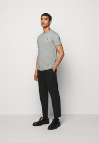 PS Paul Smith - SLIM FIT ZEBRA - Basic T-shirt - mottled grey - 1