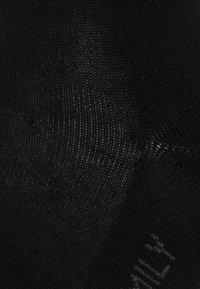 Falke - Knæstrømper - black - 1