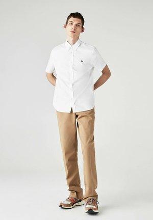 CH2944 - Chemise manches courtes Homme - Camisa - weiß