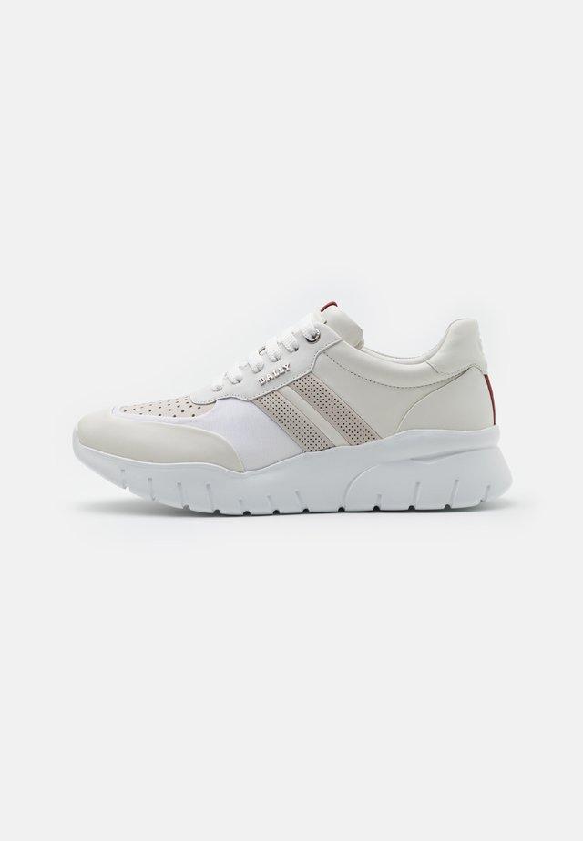 BIENNE - Sneakers - white
