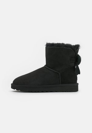 MINI BAILEY FLUFF BOW - Classic ankle boots - black