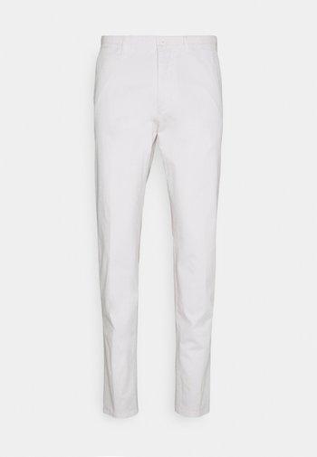 MAD - Spodnie materiałowe - off-white
