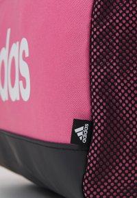 adidas Performance - LINEAR DUFFEL S UNISEX - Sportovní taška - rose tone/black/white - 4