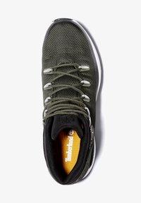 Timberland - SPRINT TREKKER MID FABRIC WP - Sneakersy niskie - dark green mesh - 0