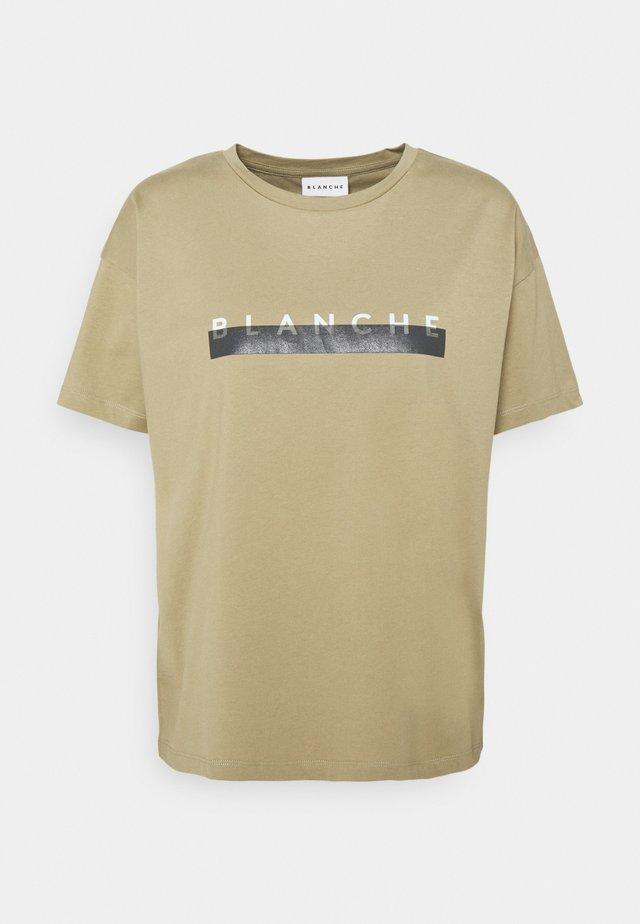 MAIN SPARE - T-shirt imprimé - khaki beige