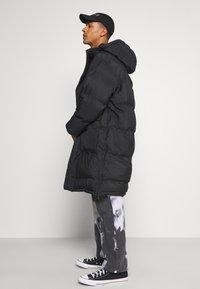 Weekday - JAY PUFFER JACKET - Zimní kabát - black - 3