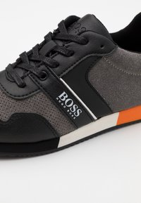 BOSS Kidswear - TRAINERS - Trainers - medium grey - 5