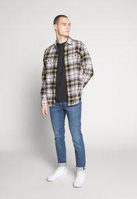 American Eagle - PRET PLAID - Shirt - yellow - 1