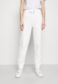 Pepe Jeans - DORI - Tracksuit bottoms - oyster - 0