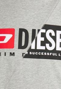 Diesel - DIEGO CUTY - Printtipaita - grey - 6