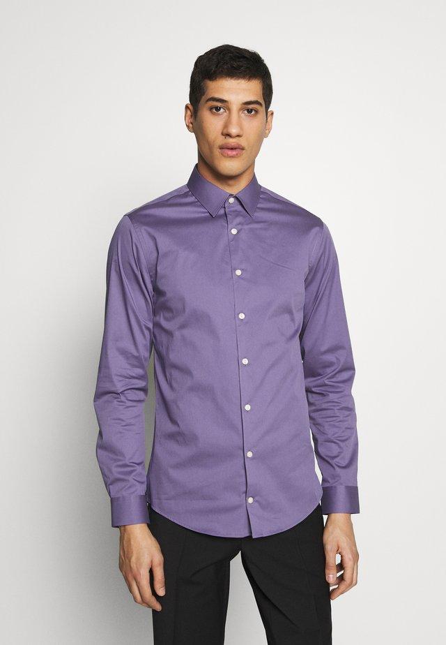 FILBRODIE - Koszula biznesowa - lila