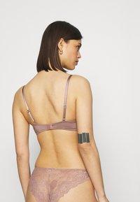 Lindex - FLIRT SHINY MICRO BRA - T-Shirt BH - light dusty lilac - 2