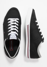Tommy Hilfiger - CORE CORPORATE - Sneakers - black - 1