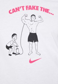 Nike Performance - TEE CANT FAKE IT - Funktionströja - white - 6