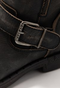 Replay - BEDFORD - Cowboy/biker ankle boot - stone - 3