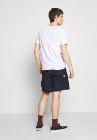 Jack & Jones - JORKALLO TEE CREW NECK - T-Shirt print - white - 2
