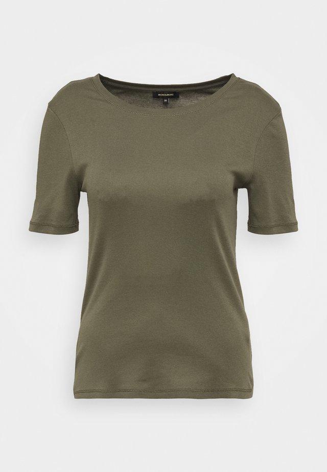 T-shirts - new khaki
