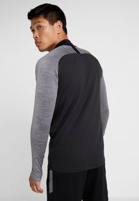 Nike Performance - DRY - Sports shirt - black/wolf grey/anthracite - 2