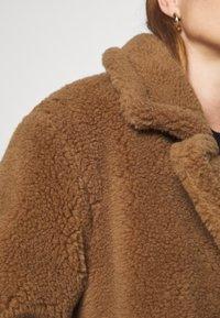 Oakwood - WONDERFUL - Cappotto invernale - brown - 6