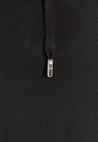 MICHAEL Michael Kors - LOGO HOODIE DRESS - Denní šaty - black - 2