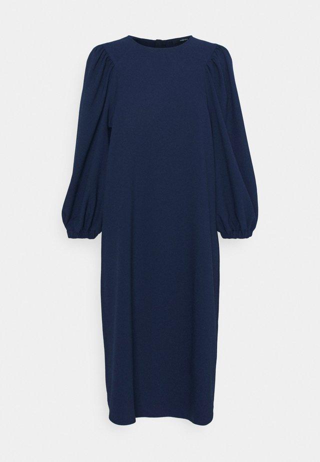 QUOLUM - Korte jurk - universe blue