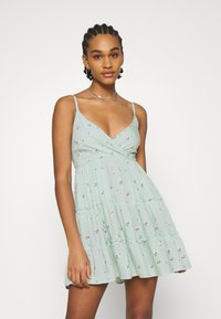 Hollister Co. - BARE FEMME SHORT DRESS - Day dress - mint - 0