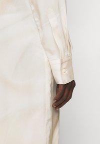 Tiger of Sweden - LITORE - Robe chemise - artwork - 4