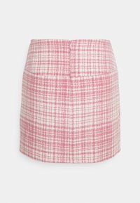 Missguided Petite - BRUSHED CHECK MINI SKIRT - Mini skirt - pink - 6