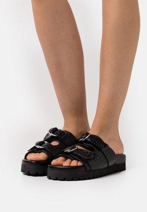 DOUBLE BUCKLE  - Sandalias planas - black