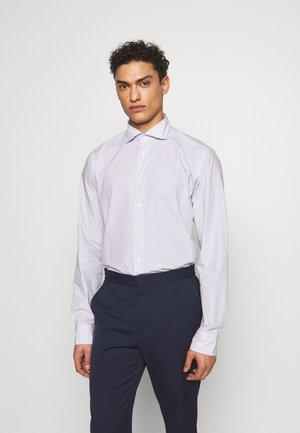 SLIM FIT - Formal shirt - white/blue