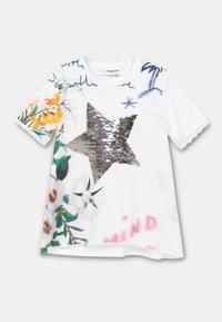Desigual - AMPARO - Print T-shirt - white - 2