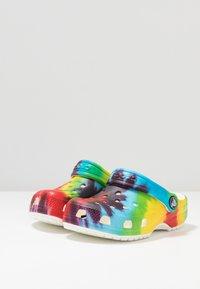 Crocs - Sandály do bazénu - multicolor - 3