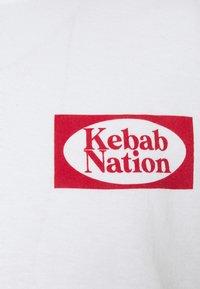 Vintage Supply - KEBAB NATION  - Print T-shirt - white - 2