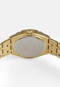 Guess - LADIES DRESS - Klokke - gold-coloured - 2