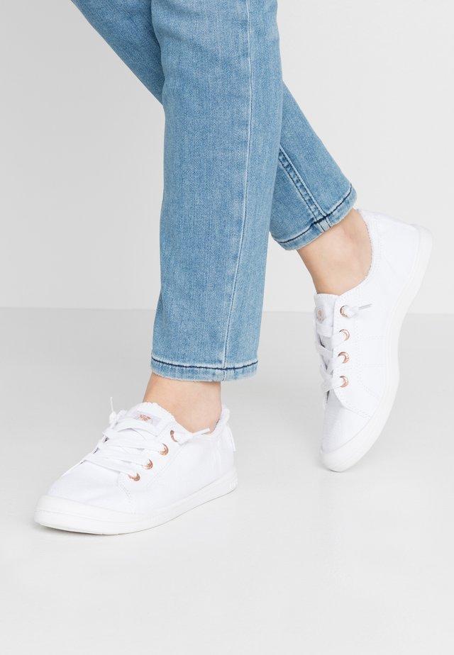 BAYSHORE III - Sneakers laag - white/aurora
