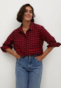 Violeta by Mango - MILI - Button-down blouse - rot - 0