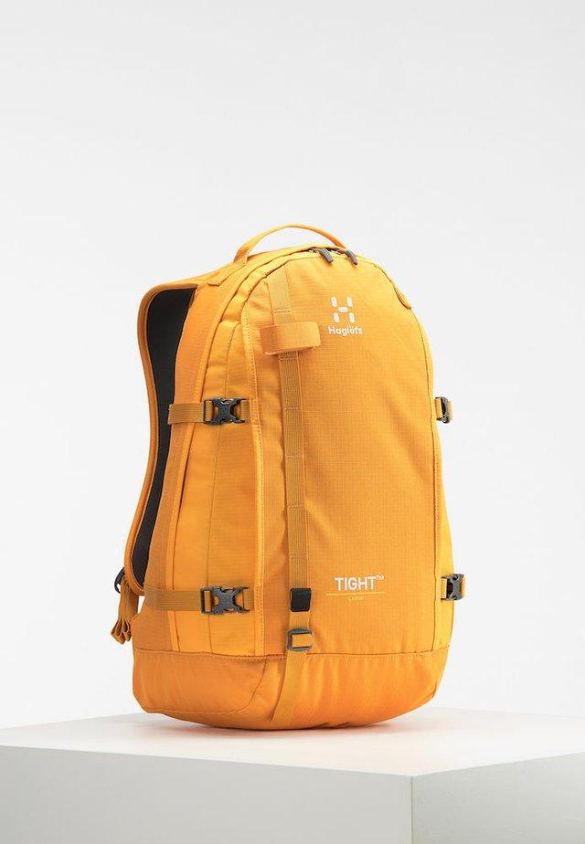 TIGHT LARGE - Rygsække - desert yellow/cloudberry