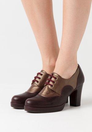 JULEM - Ankle boots - barna grape/katar testa