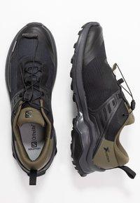 Salomon - X RAISE - Scarpa da hiking - black/grape leaf/phantom - 1